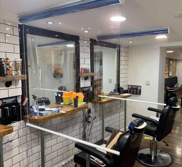 Clear Rollerscreens In Barbers